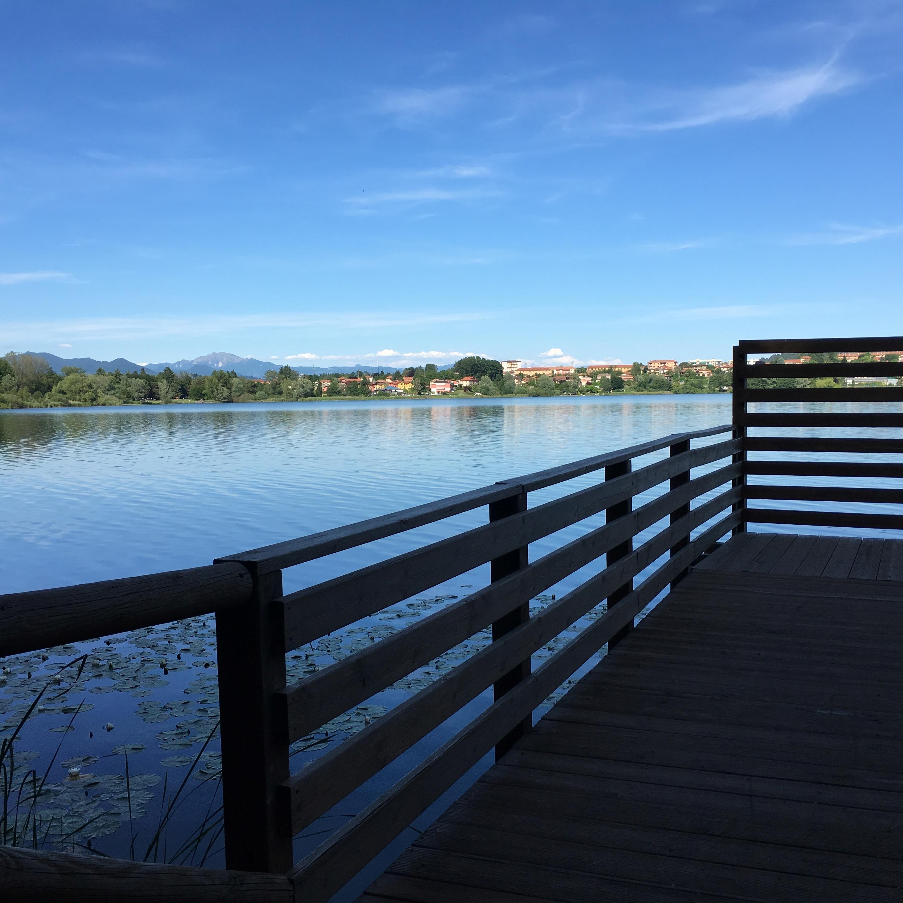 pista ciclabile del lago di comabbio