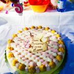 torta di compleanno festa al parco